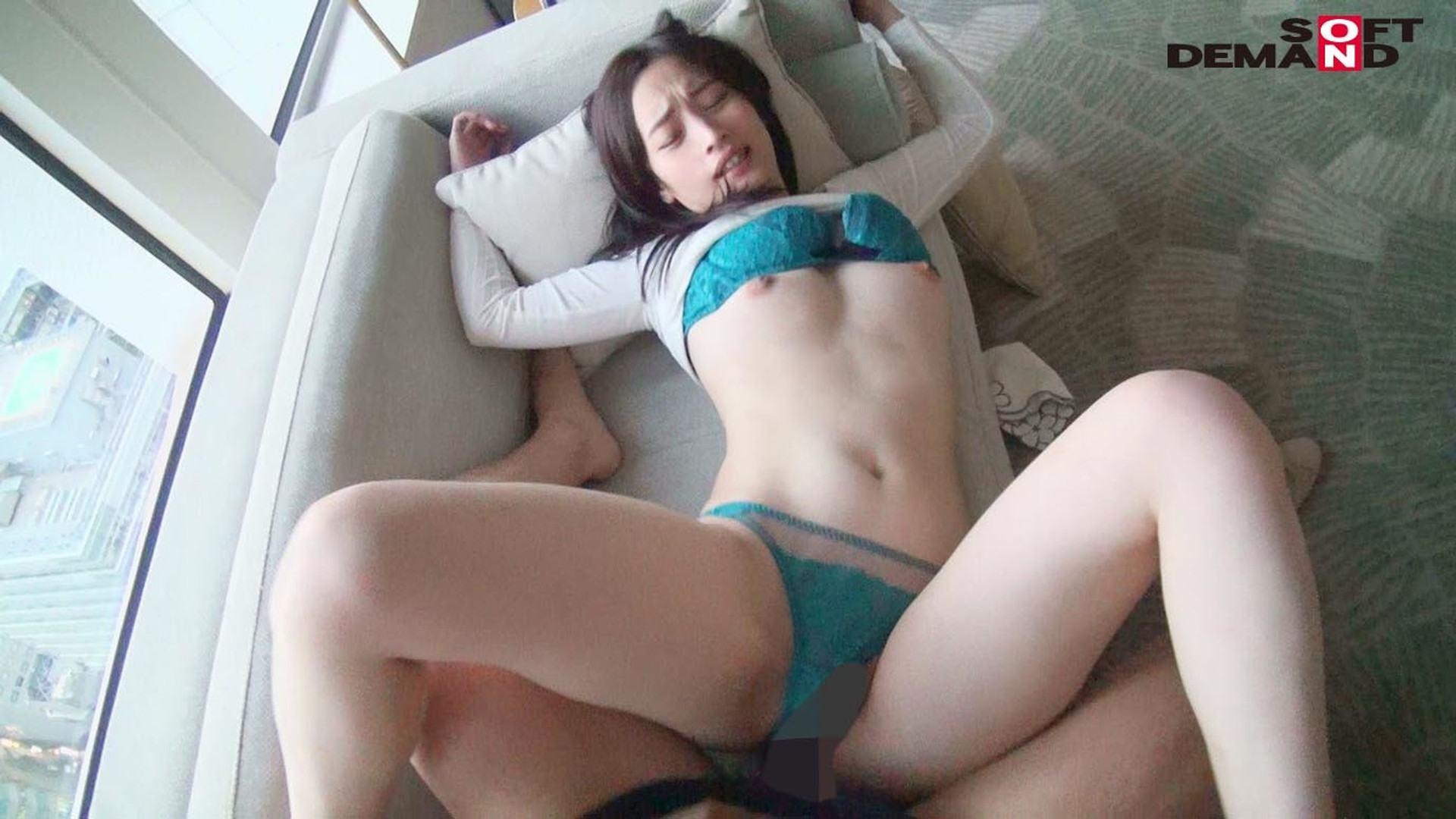 相馬茜さんが絶倫男と正常位でSEXしてイキまくっている画像