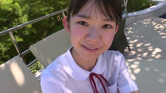 グラドルの長澤茉里奈ちゃんが似合いすぎな制服を着ている画像
