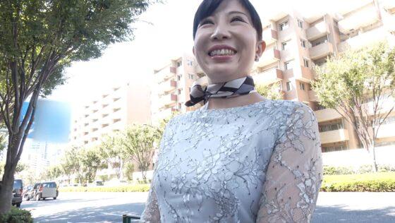松田優子さんが出演した「初撮り人妻ドキュメント」の冒頭シーン
