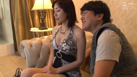 福田由貴さんが出演した「離婚(わか)れた夫とソープで再会」の冒頭シーン