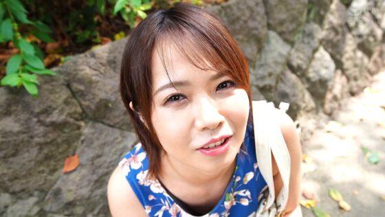 赤瀬尚子が出演した「【完全主観】方言女子 茨城弁」の冒頭シーン