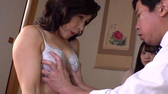 中山穂香が出演した「代理出産の母」の冒頭シーン