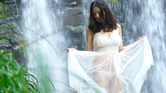 片山萌美が出演した「自然のなかで微睡んで」のラストシーン