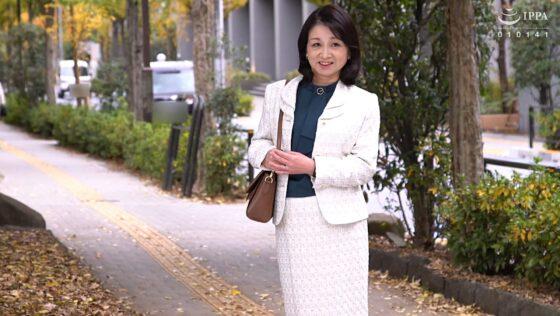 石沢やす子 六十歳が出演した「初撮り六十路妻ドキュメント」の冒頭シーン