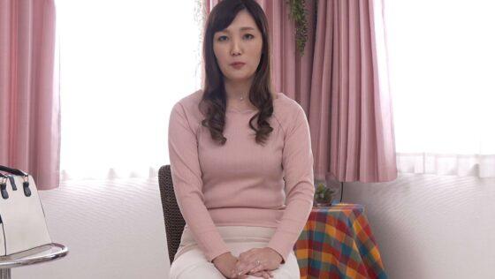 鳥谷礼香が出演した「初撮り人妻ドキュメント」の冒頭シーン