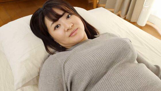 橋木このえが出演した「初撮り人妻ドキュメント」の冒頭シーン