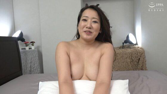 神田三久が出演した「初撮り人妻ドキュメント」のラストシーン