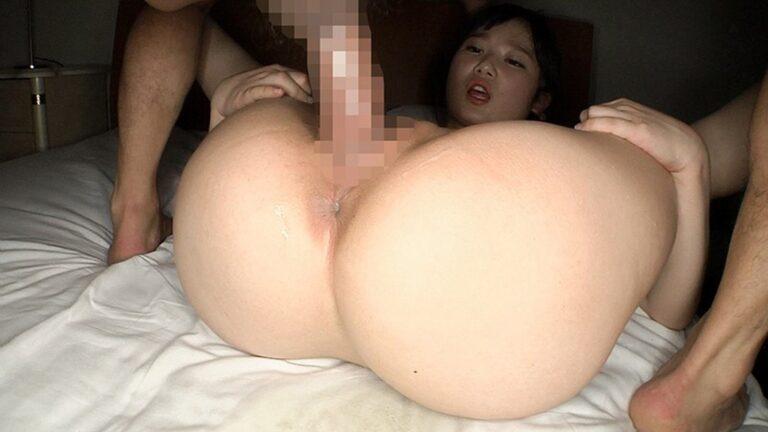AV女優あやちゃんが95cmのデカ尻をカメラに向けながら正常位でセックスしているエロ画像