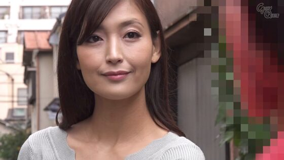 並木塔子が出演した「ママシ●タ実話」の冒頭シーン
