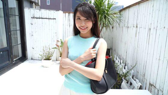 里見千春が出演した「ちはるは現役女子大生!」の冒頭シーン