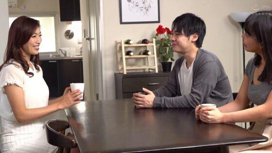 小早川怜子が出演した「義母さんだって孕みたい。」の冒頭シーン