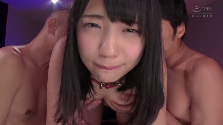 人気AV女優の高杉麻里ちゃんがオッパイを揉まれて気持ち良くなっているエロ画像