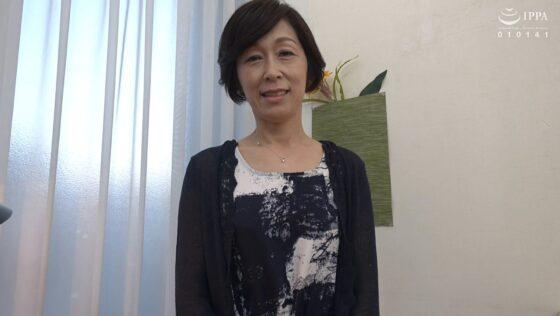 堀美也子が出演した「「初めてがおばさんと生じゃいやかしら?」童貞くんが人妻熟女と最高の筆下ろし性交」の冒頭シーン