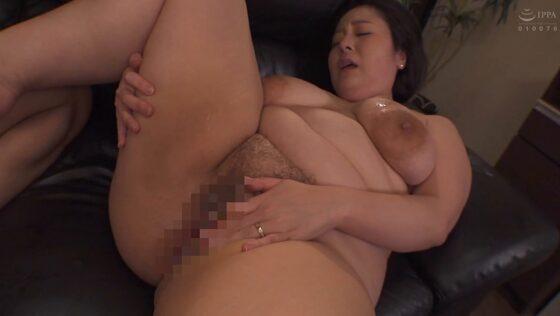 牧村彩香が出演した「代理出産の母」のラストシーン