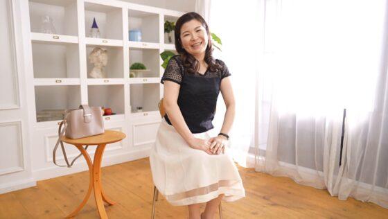 石橋あきほが出演した「初撮り人妻ドキュメント」の冒頭シーン