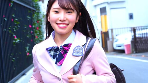 大沢麗菜が出演した「恋はハプニング!?」の冒頭シーン