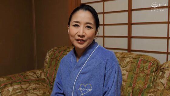 瀬尾礼子が出演した「初撮り五十路妻、ふたたび。」のラストシーン