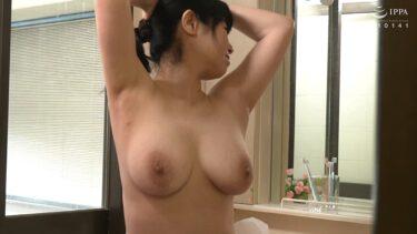 熟女AV女優・和田百美花さん60歳が「復活!!還暦巨乳」で見事なGカップ巨乳を披露しているエロ画像