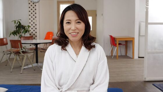 真崎理恵子が出演した「初撮り人妻、ふたたび。」のラストシーン