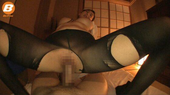 「スケスケメイドで誘惑SEX!」のラストシーン